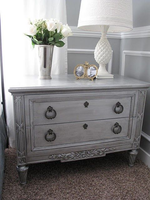 Metallic paint with antique glaze  table makeover. Best 25  Antique painted furniture ideas on Pinterest