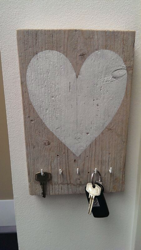 Sleutelbord steigerhout!!!!mijn man gemaakt voor mn sieraden♥