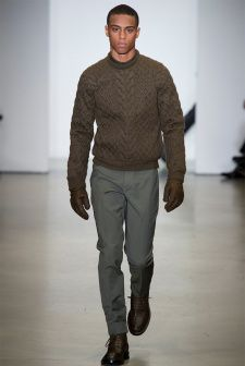 Italo Zucchelli's collection for Calvin Klein mixed practical work wear with fancy design elements, such as luxurious fabrics and fine lines.  More on Milan Fashion Week FW 2014 Menswear collections: http://attireclub.org/2014/01/29/milan-fashion-week/