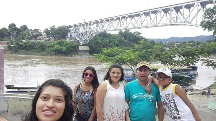 Puente de girardot