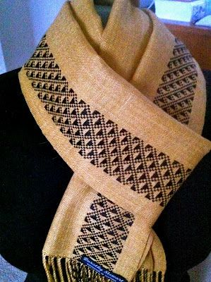 another Dorothy Stewart scarf - got to weave