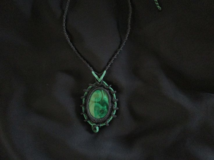 collier macramé,malachite
