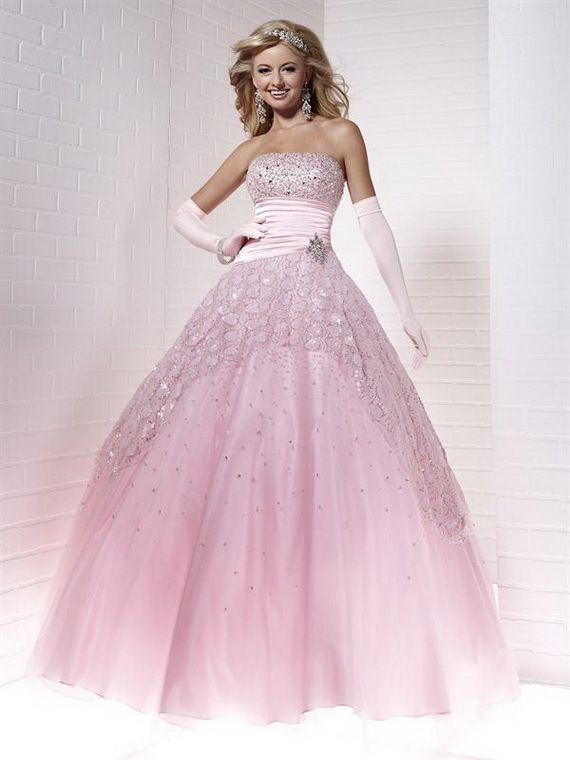 1000  images about Prom Dresses on Pinterest - Pink gowns- Prom ...