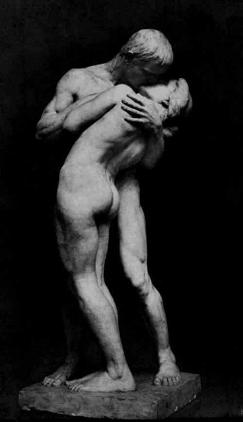Felix Pfeifer (1871-1954) - Der Kuss, 1890 http://europeansculpture.tumblr.com/post/63940121545/felix-pfeifer-1871-1954-der-kuss-1890 (Thx Bo)