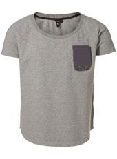 detaille en el bolsillo me gusta. La cmbinacion de ese gris claro con el morado claro me me gusta!  Peoples Market Grey T-Shirt*