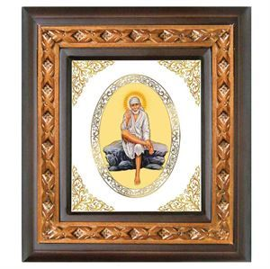 The Lord Sai Baba royal wall hangings from Diviniti in this vibrant color and make. These heritage frames change the dynmism of the surrounding home enviornment. link: http://diviniti.co.in/en/lord-sai-baba-wallhanging