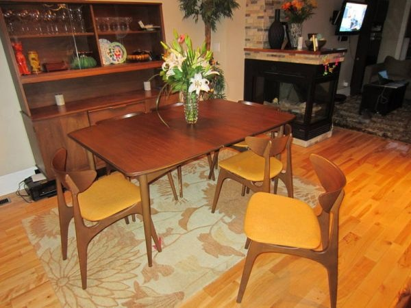 Mid-century modern dining room set