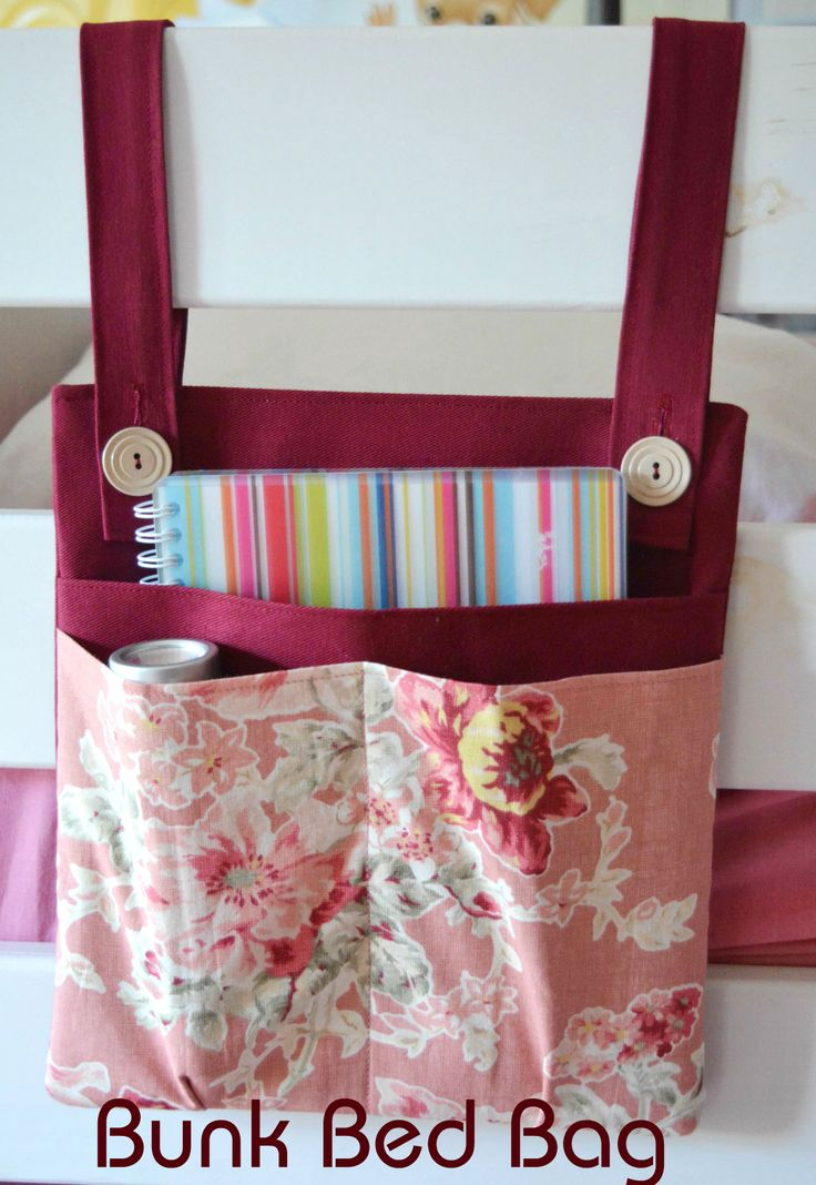 DIY Bunk Bed Storage Bag/Organizer - Something like this for Jack's bed to put his books in when he's done, so he doesn't sleep all over them!