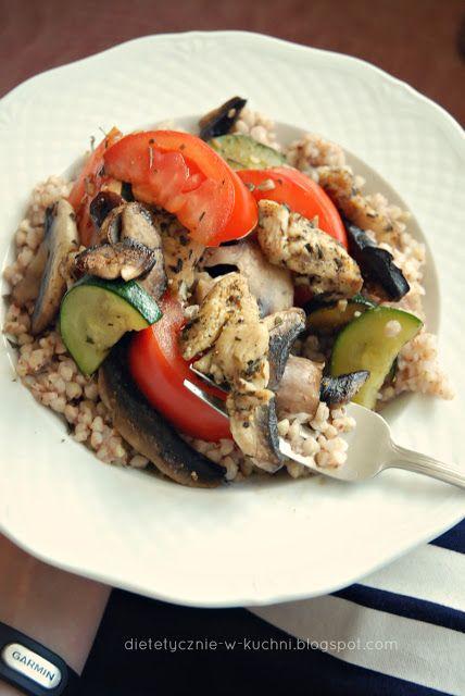 Moje Dietetyczne Fanaberie: Kasza gryczana z kurczakiem, pieczarkami i…