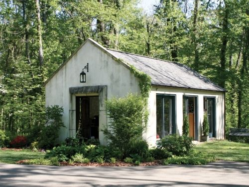 Backyard art studio – this one is the pottery studio of a local artist.