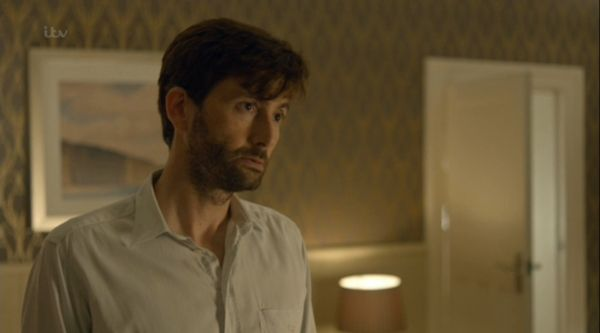 Tonight at 9pm on ITV is the next installment of Chris Chibnall gripping and emotional murder drama, Broadchurch.  Starring David Tenannt and Olivia Colman, the eight part series has the national all guessing Who Killed Danny Latimer? and last week's episode created more questions then answers.   Prime suspect Jack Marshall (David ...