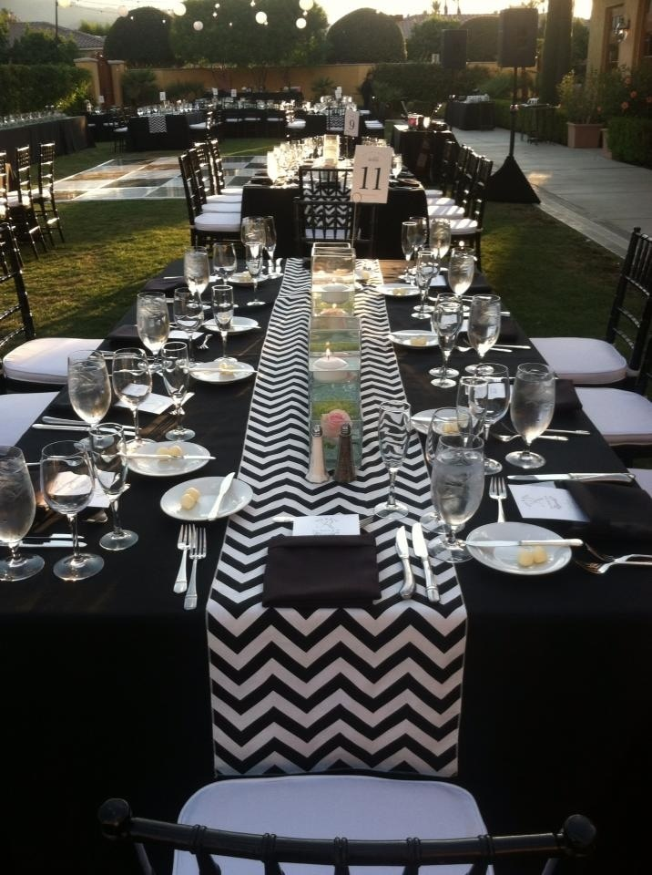 Chevron Table Runner With Simple But Pretty Centerpiece