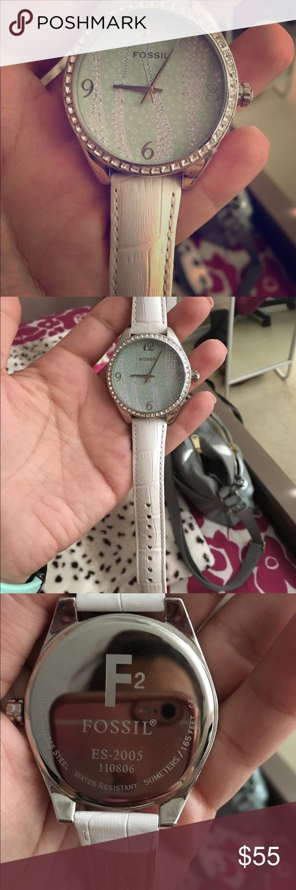 Fossil watch Never worn, genuine Fossil watch. It doesn't have any damage or scratches just needs a battery replacement. Beautiful watch that can be dressed up or down. Fossil Accessories Watches