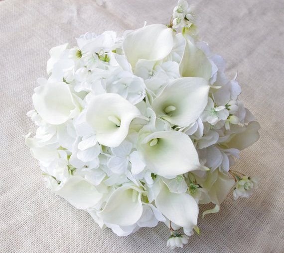 Wedding Bouquet Off White Hydrangeas And Calla Lilies Silk Flower Bride Bouquet Almost F Silk Wedding Bouquets Wedding Bouquets Real Touch Bouquets