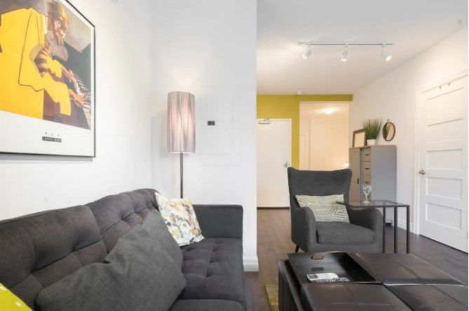 Toronto Beaches 1 Bedroom Apartment Apartments For Rent In Toronto Ontario Canada 1 Bedroom Apartment One Bedroom Apartment Lofts For Rent