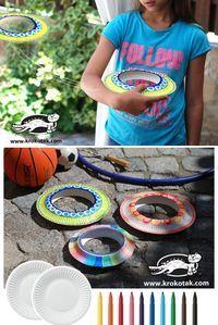 フリスビー風おもちゃ紙皿で‼