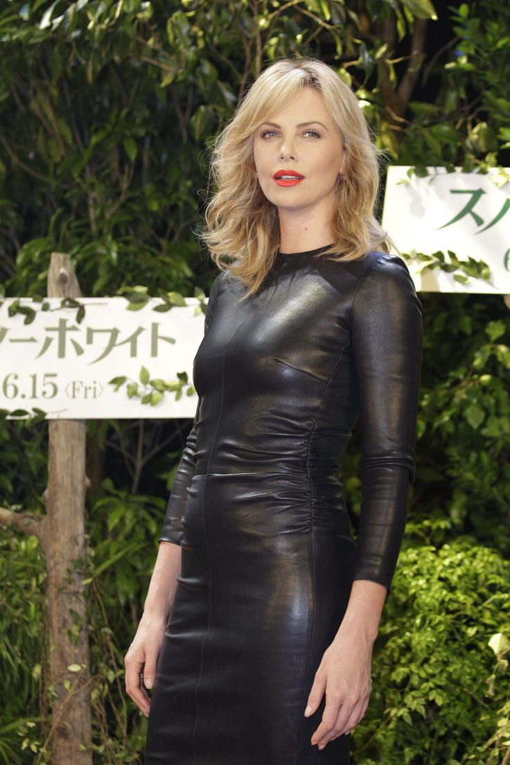 Beautiful Girl Black And White Wallpaper Charlize Theron Leather Look 2 Leather Amp Lace