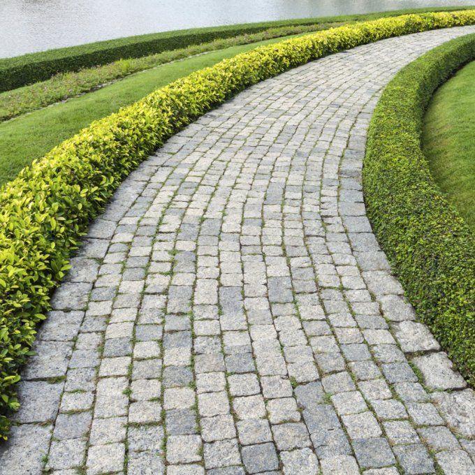 granite cobblestone driveway - Google Search Cobblestone, Brick