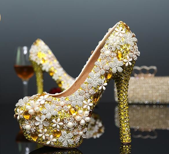 99.75$  Watch here - http://aliwdl.worldwells.pw/go.php?t=32583564507 - R-free shipping 2016 new sexy gold wedding shoes women platform pumps girls cowhide genuine leather rhinestone bride show heels