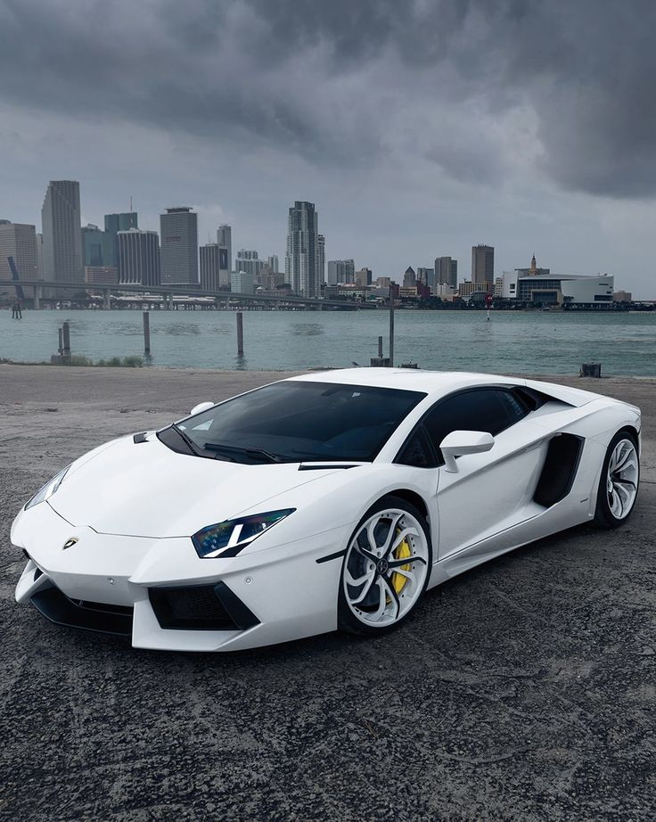 Lamborghini Aventador | Awesome Ring: http://www.amazon.com/Silicone-Wedding-Ring-WeFido-Comfortable/dp/B00ZVCUXWC/ref=cm_cr_pr_product_top?ie=UTF8