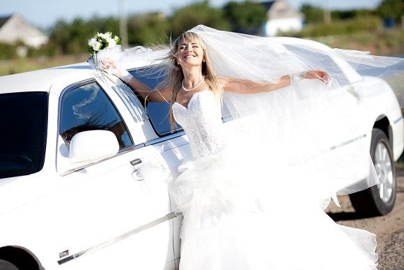 The Airport Limo provides Top Wedding Limo Service in Toronto