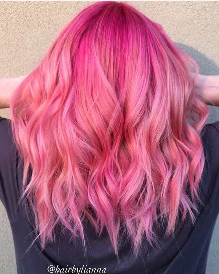 """11k Likes, 25 Comments - Pulp Riot Hair Color (@pulpriothair) on Instagram: """"Waves of Pulp Riot color by @hairbylianna"""""""