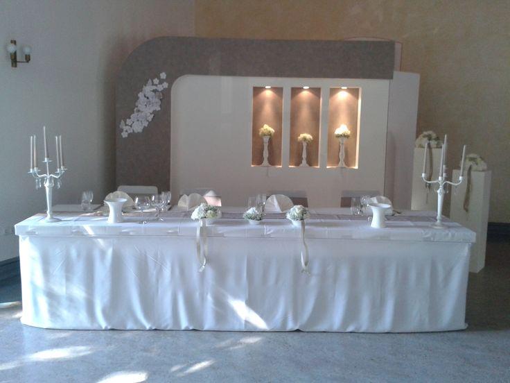 Hochzeitsdeko taupe / weiß