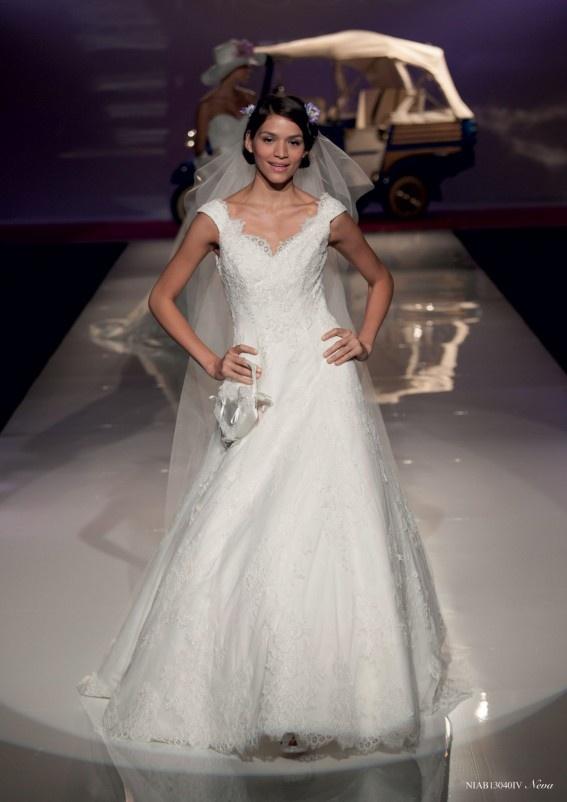 Collezione abiti da sposa #Nicole, abito da #sposa modello Neva