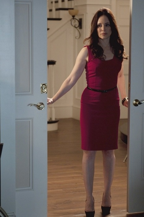Victoria Grayson - Victoria Grayson: Season 1 - Revenge - ABC.com