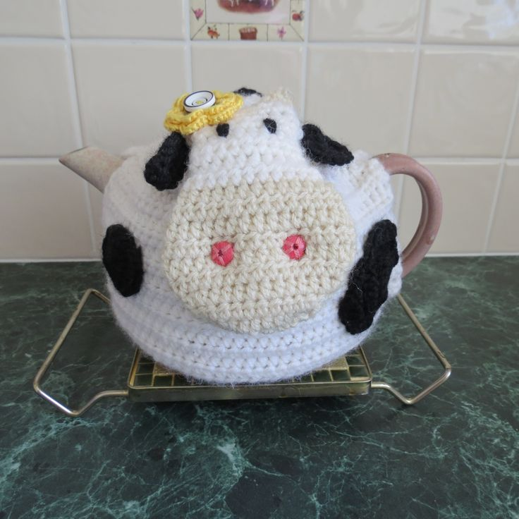 Small Dog Knitting Patterns : 17 Best images about Cows on Pinterest A cow, Cow girl and Felt