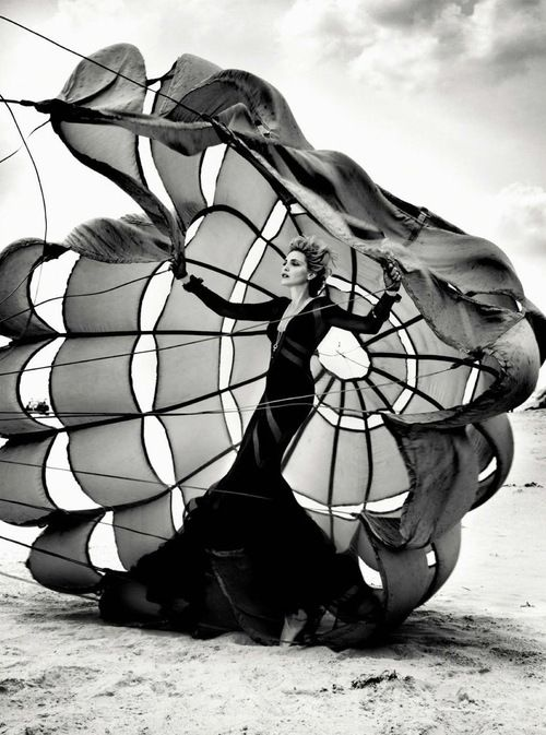 Photo of Nadja Auermann by Kristian Schuller for French Revue de Modes #black #white #wind #model #fashion #editorial #dress