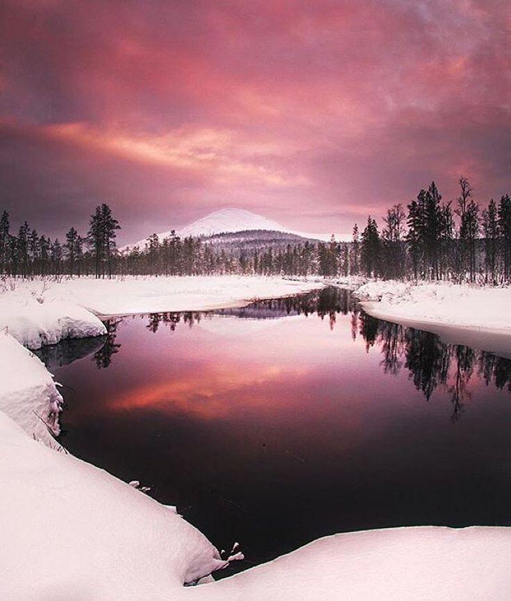 """"""". Location : Ylläs, Finland Photo by : ©@Juusohd #Places_wow"""""""