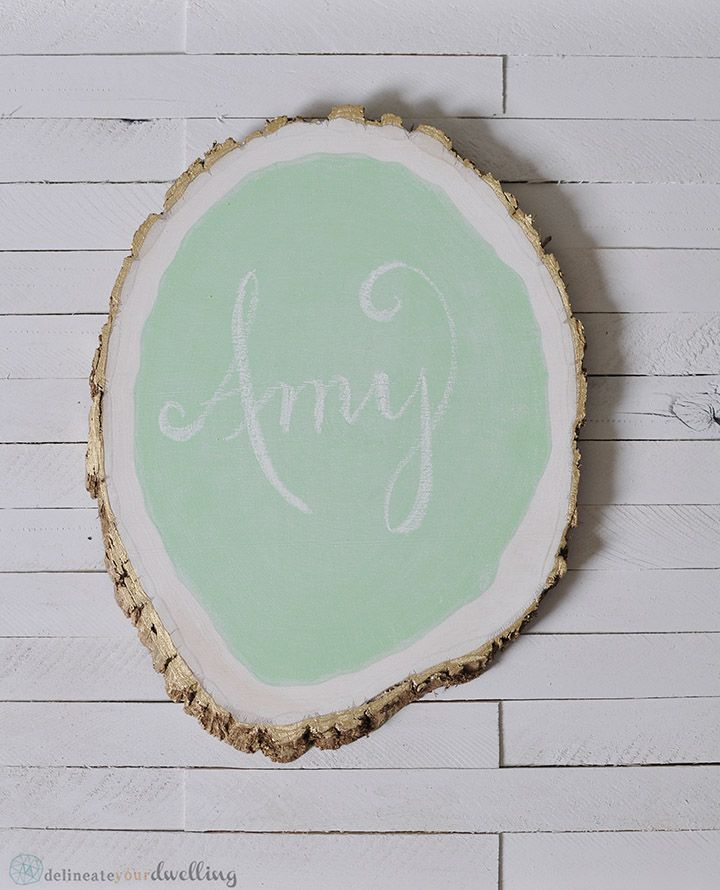 Tree Stump Chalkboard from Delineate Your Dwelling via @ms_living #chalkboard #DIY #make #walls #kids #wedding #party #craft #sign #shop
