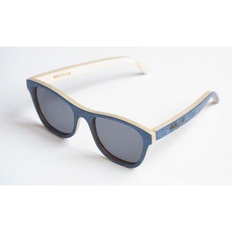 Monza azul polarizada.  Model Monza blue with polarized lenses.
