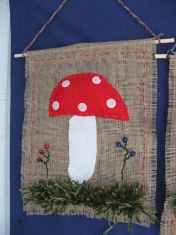sieni säkkikankaalla