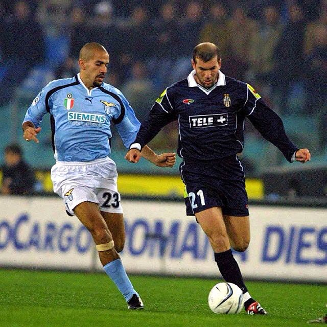 Calcio Golden days , Veron ( Lazio ) & Zidane ( Juventus )
