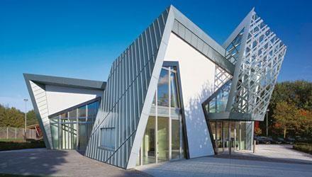 Villa Libeskind, oficinas centrales de Rheinzink aleación de zinc para fachada      Sistemas de Fachadas I Fachadas ventiladas en América Latina