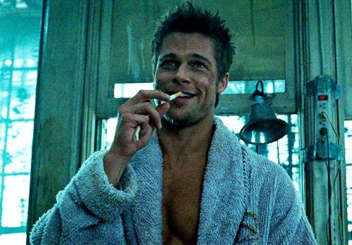 Brad Pitt faz 52 anos e prova que quanto mais velho melhor | Virgula