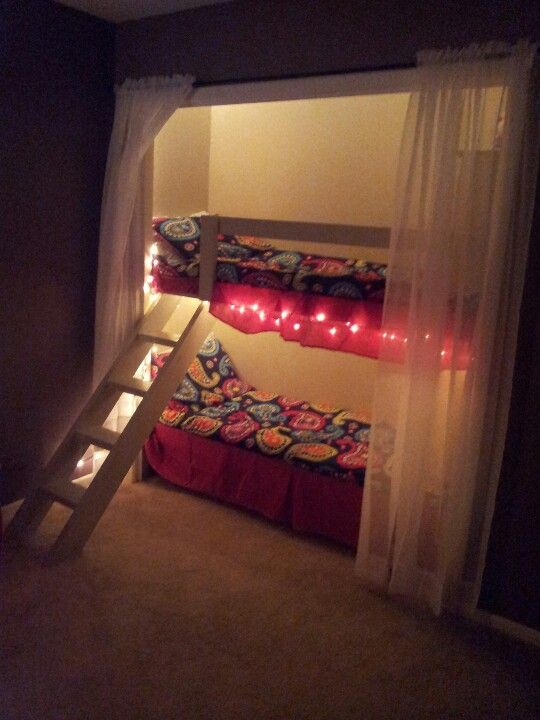 Bunk beds in the closet kid s room pinterest for Bunk beds in closet space