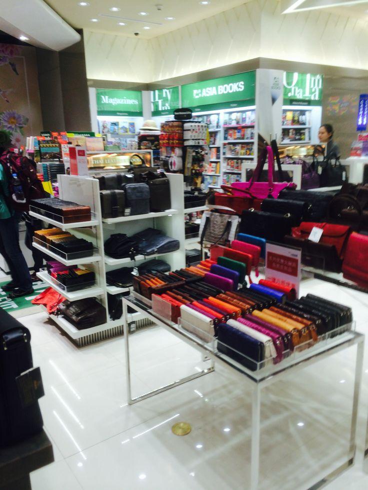 Suvamabhumi Airport - Bangkok - Thailand - Airport Retail - Landscape - Layout - Variety - Visual Merchandising - www.clearretailgroup.eu