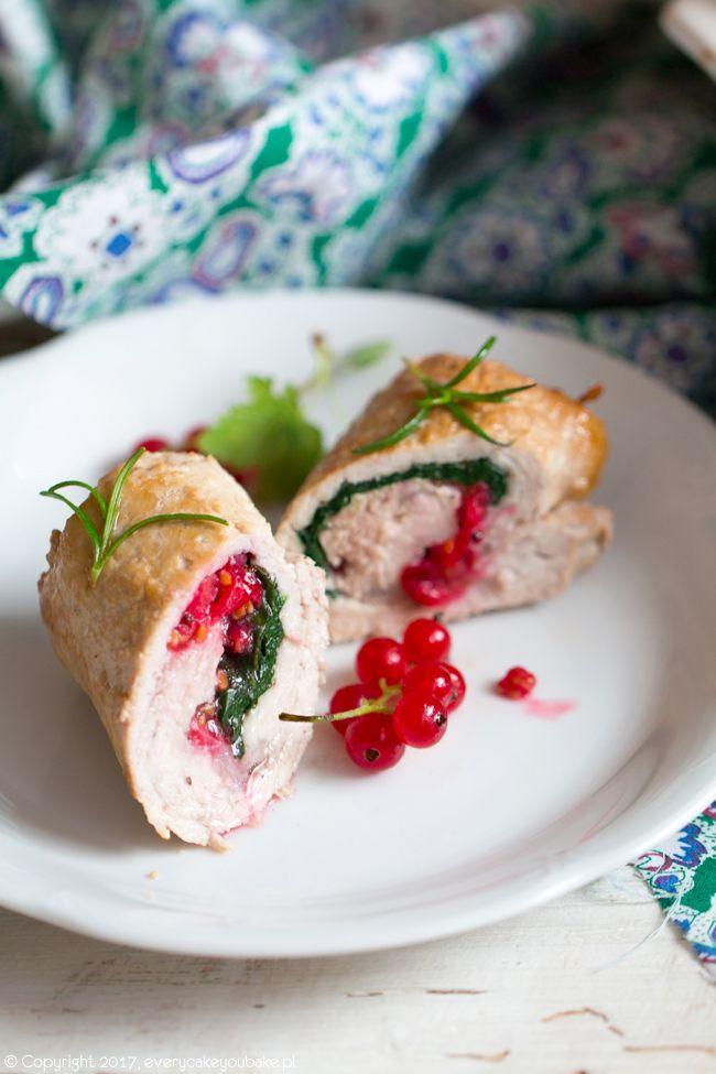 Roladki schabowe z czerwoną porzeczką i szpinakiem, pork rolls with red currant and spinach #schab #czerwonaporzeczka #pork #redcurrant