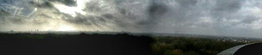 The sky is not the limit #hamburg #planetarium #stadtpark #lightanddark #nature