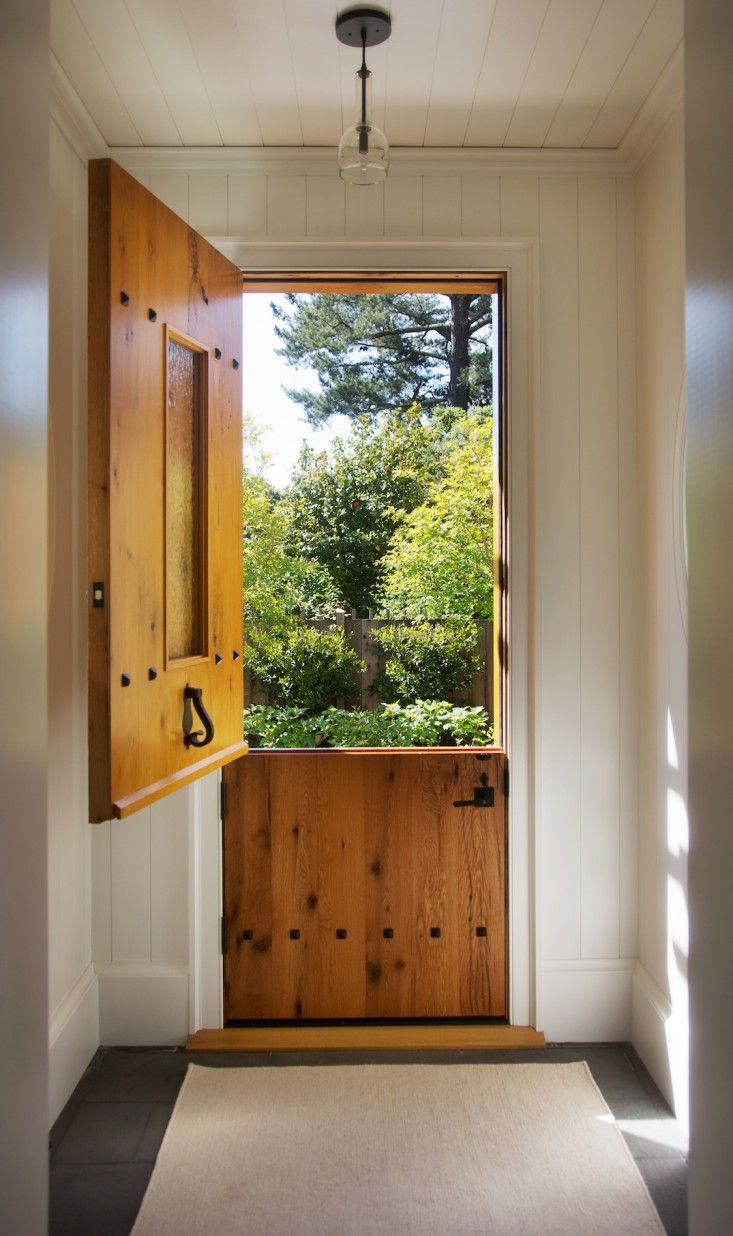 Hardscaping 101 The Ins And Outs Of Dutch Doors Gardenista Dutch Doors Exterior Dutch Door Interior Dutch Door