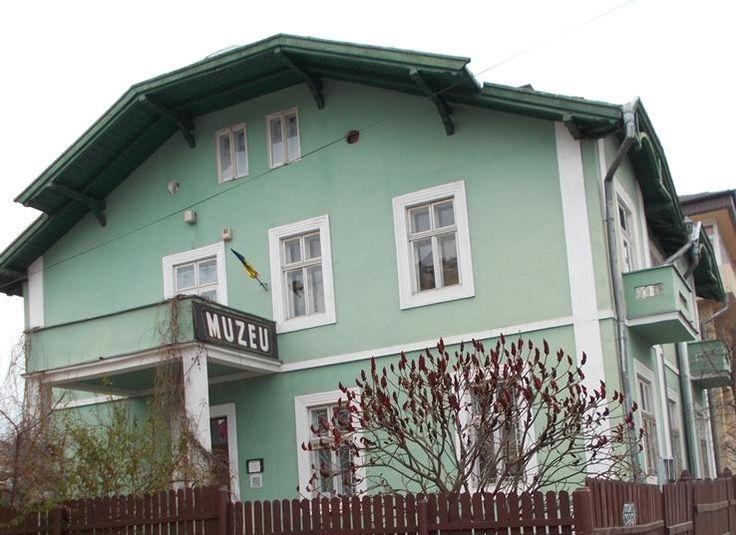 Muzeul de Stiintele Naturii si Cinegetica Vatra Dornei - Muzee - Femeia Stie.ro