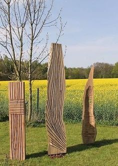 Bildergebnis für skulpturen aus holz für den garten