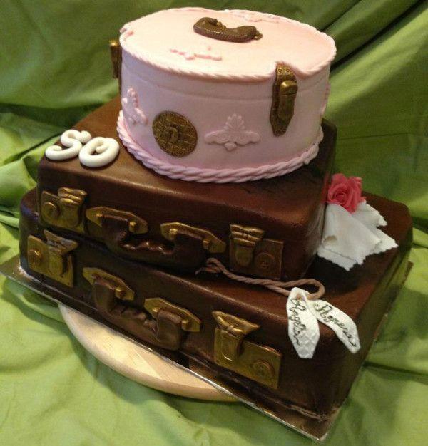 Oltre 25 fantastiche idee su Torta valigia su Pinterest ...