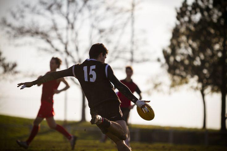 Tournois de footy football australien Toulouse Photographe Professionnel a Bordeaux   Sebastien Huruguen