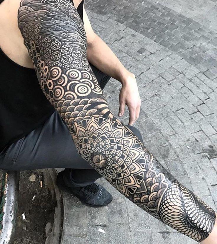1411 best elaborate tattoos images on pinterest tattoo. Black Bedroom Furniture Sets. Home Design Ideas
