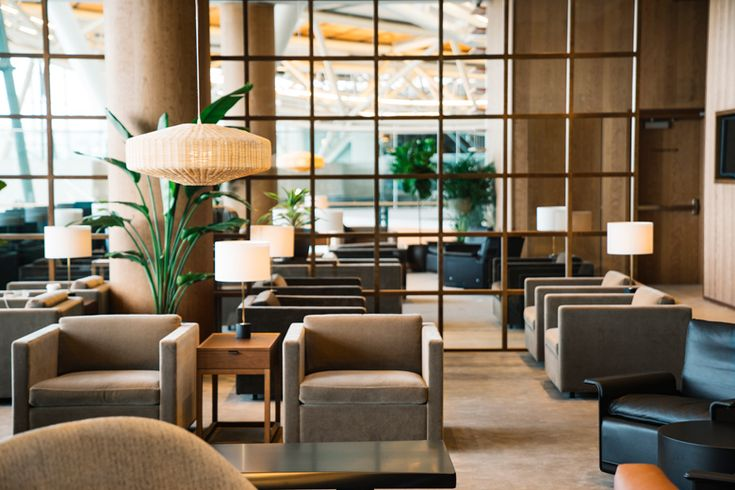 Cathay Pacific has opened a new first and business class lounge at Vancouver International Airport. Situated in the International Terminal between departure gates D66 and D67, the facility adopts the same design template by Studioilse found in the CX lounges at Hong Kong, Manila, Bangkok, Taipei and Tokyo Haneda airports.