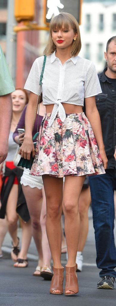 Taylor Swift wore a floral skater skirt, so we wore a floral skater skirt.